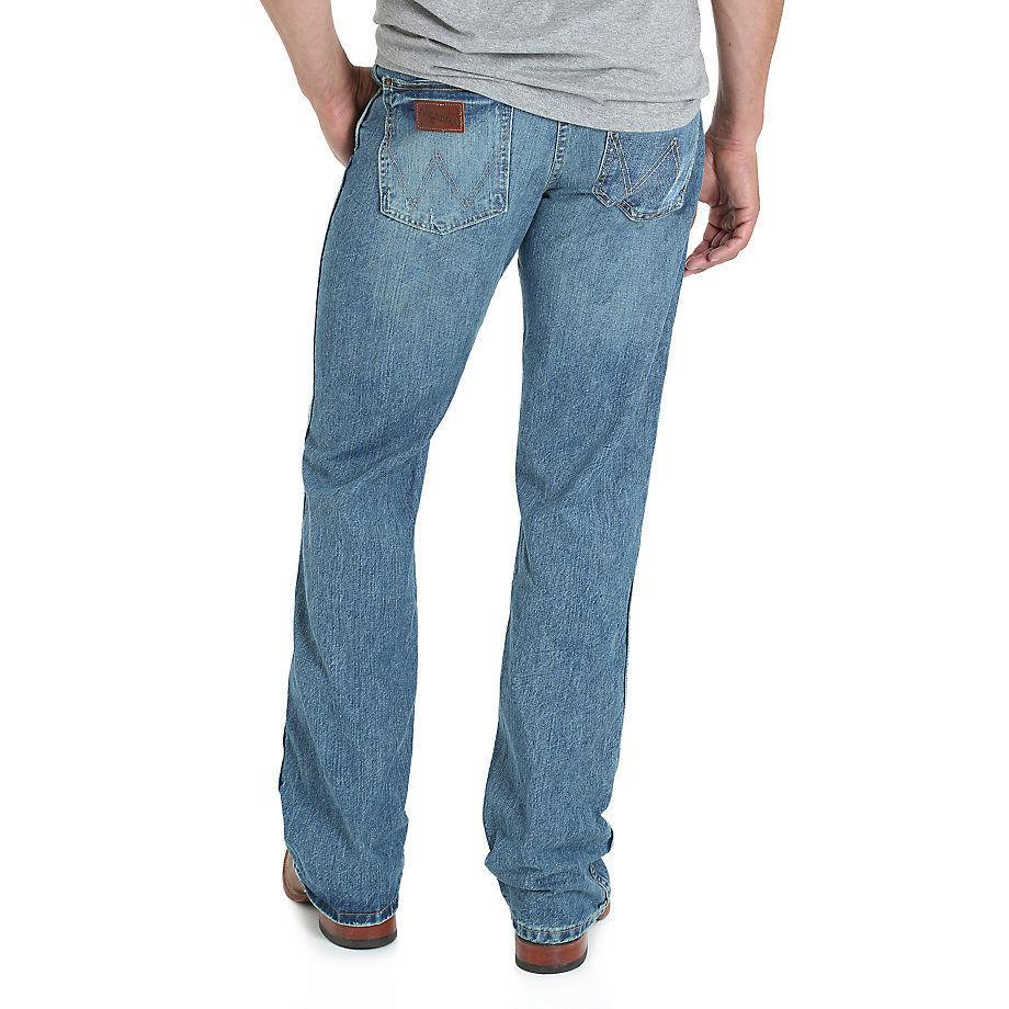 WRANGLER Blue Fit Boot Cut Jean- NO SELL!!!!